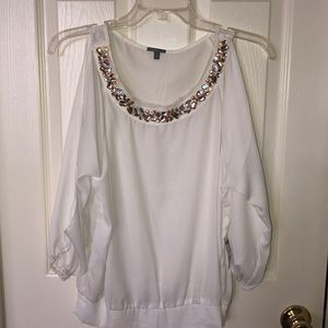 White top with stones